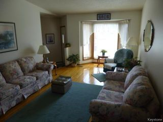 Photo 2: 71 Peres Oblats Drive in WINNIPEG: Windsor Park / Southdale / Island Lakes Residential for sale (South East Winnipeg)  : MLS®# 1511426