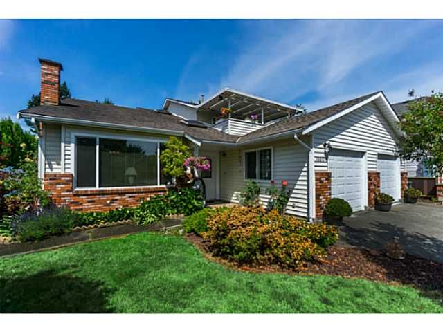 """Main Photo: 10017 158TH Street in Surrey: Guildford House for sale in """"SOMERSET PLACE"""" (North Surrey)  : MLS®# F1444607"""