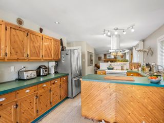 Photo 8: 39702 GOVERNMENT Road in Squamish: Northyards House for sale : MLS®# R2609502