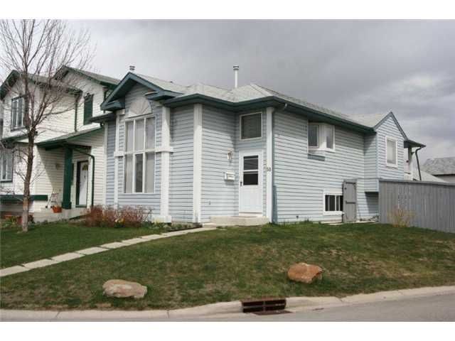 Main Photo: 50 COVERTON Close NE in CALGARY: Coventry Hills Residential Detached Single Family for sale (Calgary)  : MLS®# C3567102