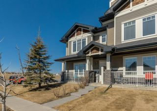 Photo 2: 69 PRESTWICK Villas SE in Calgary: McKenzie Towne Row/Townhouse for sale : MLS®# A1077678