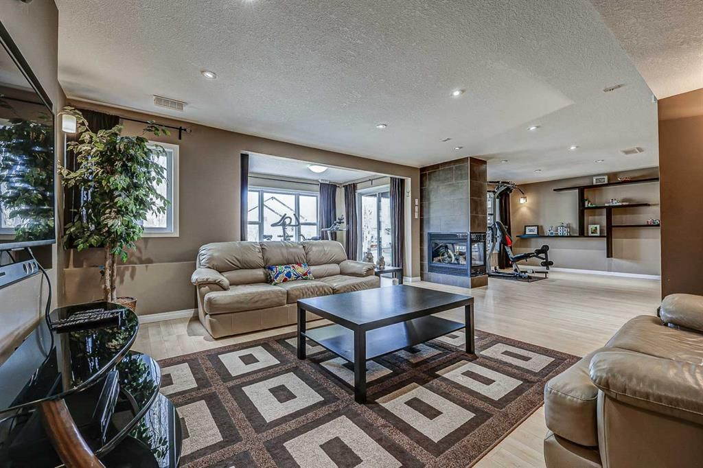 Photo 43: Photos: 66 Everhollow Rise SW in Calgary: Evergreen Detached for sale : MLS®# A1101731