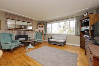 Photo 1: 5166 44 AVENUE in Delta: Ladner Elementary House for sale (Ladner)  : MLS®# R2239309
