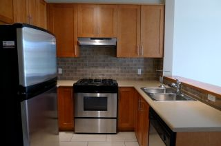 """Photo 5: 116 2083 W 33RD Avenue in Vancouver: Quilchena Condo for sale in """"DEVONSHIRE HOUSE"""" (Vancouver West)  : MLS®# V939499"""