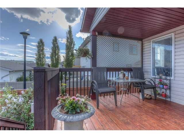 Photo 18: Photos: 168 EVERSYDE Circle SW in CALGARY: Evergreen Residential Detached Single Family for sale (Calgary)  : MLS®# C3620435