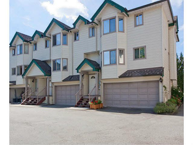 "Main Photo: 6 2420 PITT RIVER Road in Port Coquitlam: Mary Hill Townhouse for sale in ""PARKSIDE ESTATES"" : MLS®# V1143548"