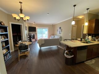 """Photo 5: 412 2038 SANDALWOOD Crescent in Abbotsford: Central Abbotsford Condo for sale in """"The Element"""" : MLS®# R2490142"""