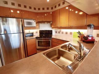 Photo 10: 905 10 LAGUNA COURT in New Westminster: Quay Condo for sale : MLS®# R2200464