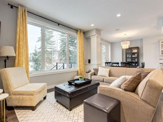 Photo 9: 28 Westpark Court SW in Calgary: West Springs Detached for sale : MLS®# A1069632