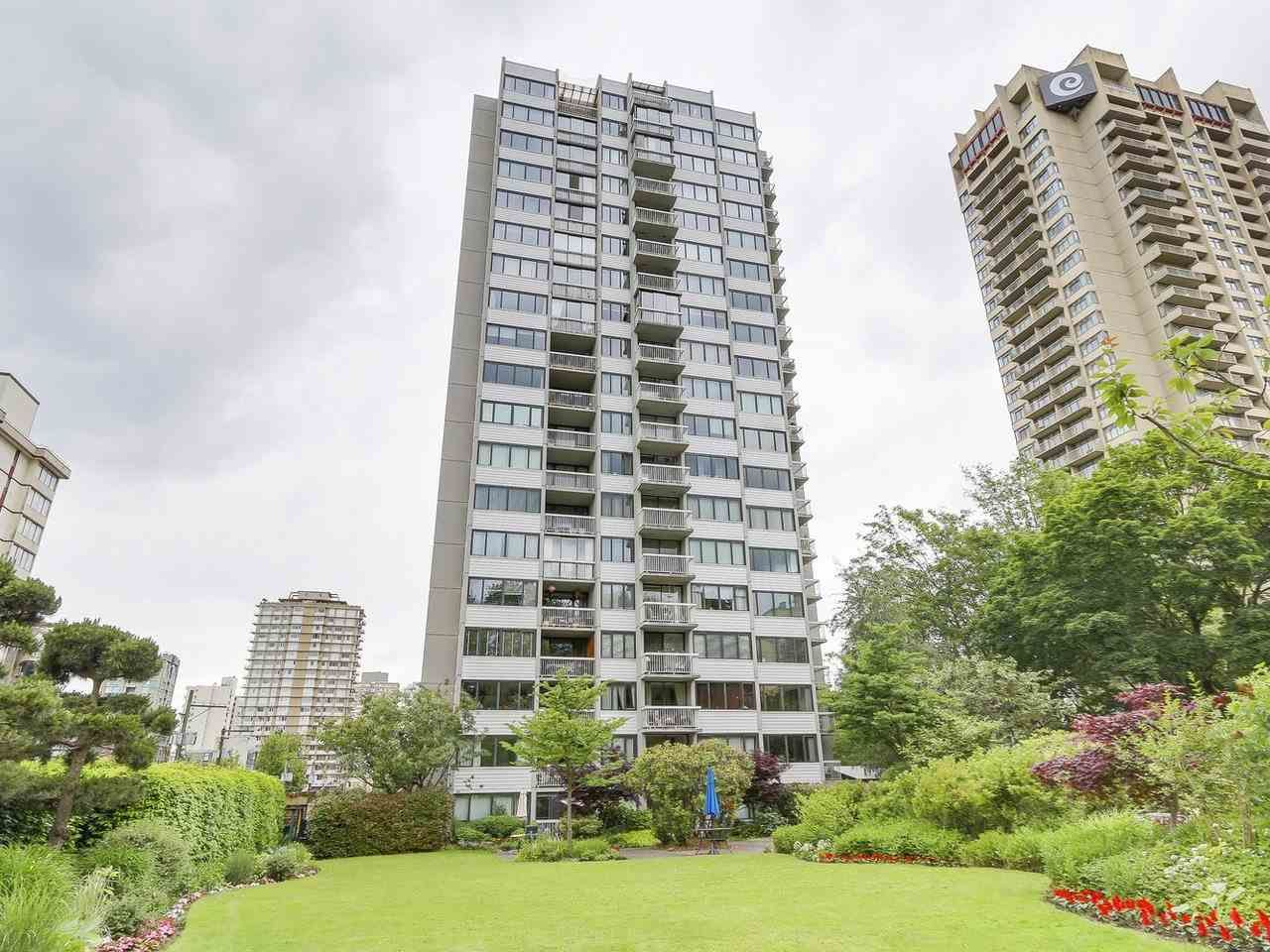 """Main Photo: 304 1740 COMOX Street in Vancouver: West End VW Condo for sale in """"The Sandpiper"""" (Vancouver West)  : MLS®# R2178648"""
