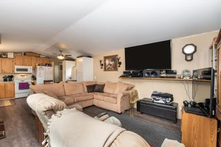 """Photo 7: 24 62790 FLOOD HOPE Road in Hope: Hope Center Manufactured Home for sale in """"SILVER RIDGE ESTATES"""" : MLS®# R2602914"""