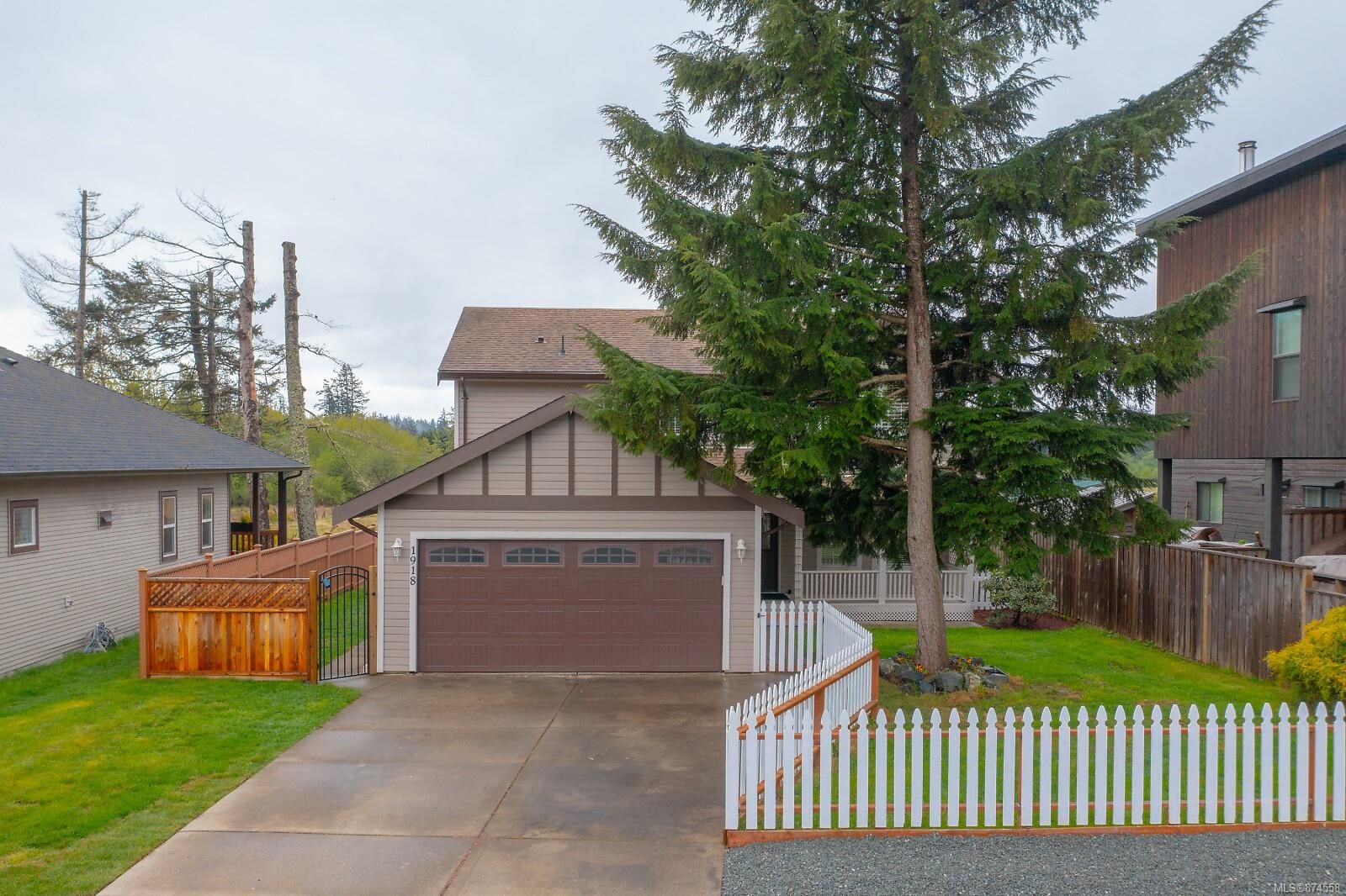 Main Photo: 1918 Tominny Rd in : Sk Sooke Vill Core House for sale (Sooke)  : MLS®# 874558
