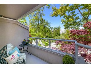 """Photo 17: 325 1952 152A Street in Surrey: King George Corridor Condo for sale in """"Chateau Grace"""" (South Surrey White Rock)  : MLS®# R2580670"""