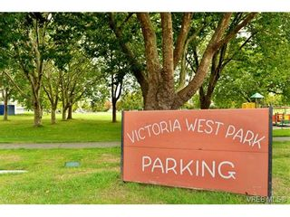 Photo 2: 82 Bay St in VICTORIA: VW Victoria West House for sale (Victoria West)  : MLS®# 712829