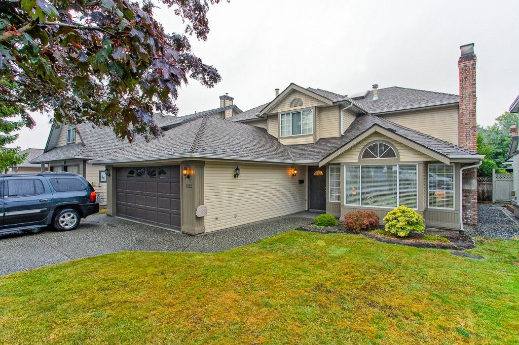 """Main Photo: 6325 HOLLY PARK Drive in Delta: Holly House for sale in """"HOLLY PARK"""" (Ladner)  : MLS®# R2101161"""
