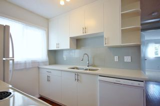 Photo 4: 33 Edgeburn Crescent NW in Calgary: Edgemont Detached for sale : MLS®# A1119029