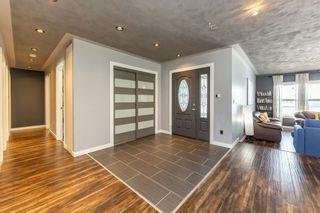 Photo 2: 18632 62A Avenue in Edmonton: Zone 20 House for sale : MLS®# E4231415