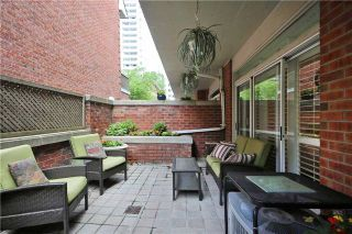 Photo 16: 52 St Nicholas St, Toronto, Ontario M4Y1W7 in Toronto: Condominium Townhome for sale (Bay Street Corridor)  : MLS®# C3518917