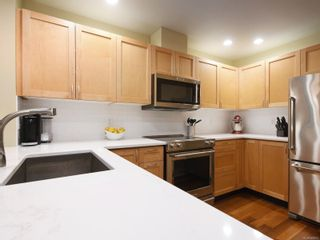 Photo 10: 307 627 Brookside Rd in : Co Latoria Condo for sale (Colwood)  : MLS®# 866831