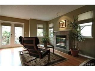 Photo 2:  in VICTORIA: La Mill Hill House for sale (Langford)  : MLS®# 425879