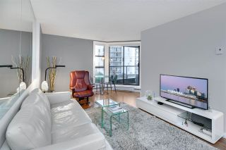 """Photo 3: 402 1040 PACIFIC Street in Vancouver: West End VW Condo for sale in """"Chelsea Terrace"""" (Vancouver West)  : MLS®# R2239009"""