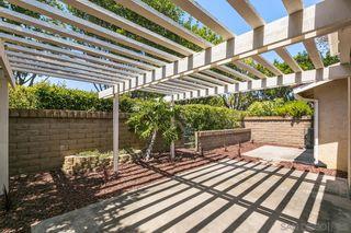 Photo 5: LA JOLLA Twin-home for sale : 2 bedrooms : 1724 Caminito Ardiente