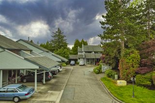 """Photo 26: 15879 ALDER Place in Surrey: King George Corridor Townhouse for sale in """"ALDERWOOD"""" (South Surrey White Rock)  : MLS®# R2471622"""