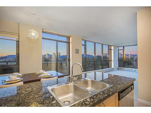 Main Photo: 1603 6823 STATION HILL DRIVE in : South Slope Condo for sale : MLS®# V1134700