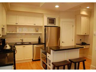 """Photo 2: 166 W 14TH AV in Vancouver: Mount Pleasant VW Townhouse for sale in """"Cambie Village"""" (Vancouver West)"""