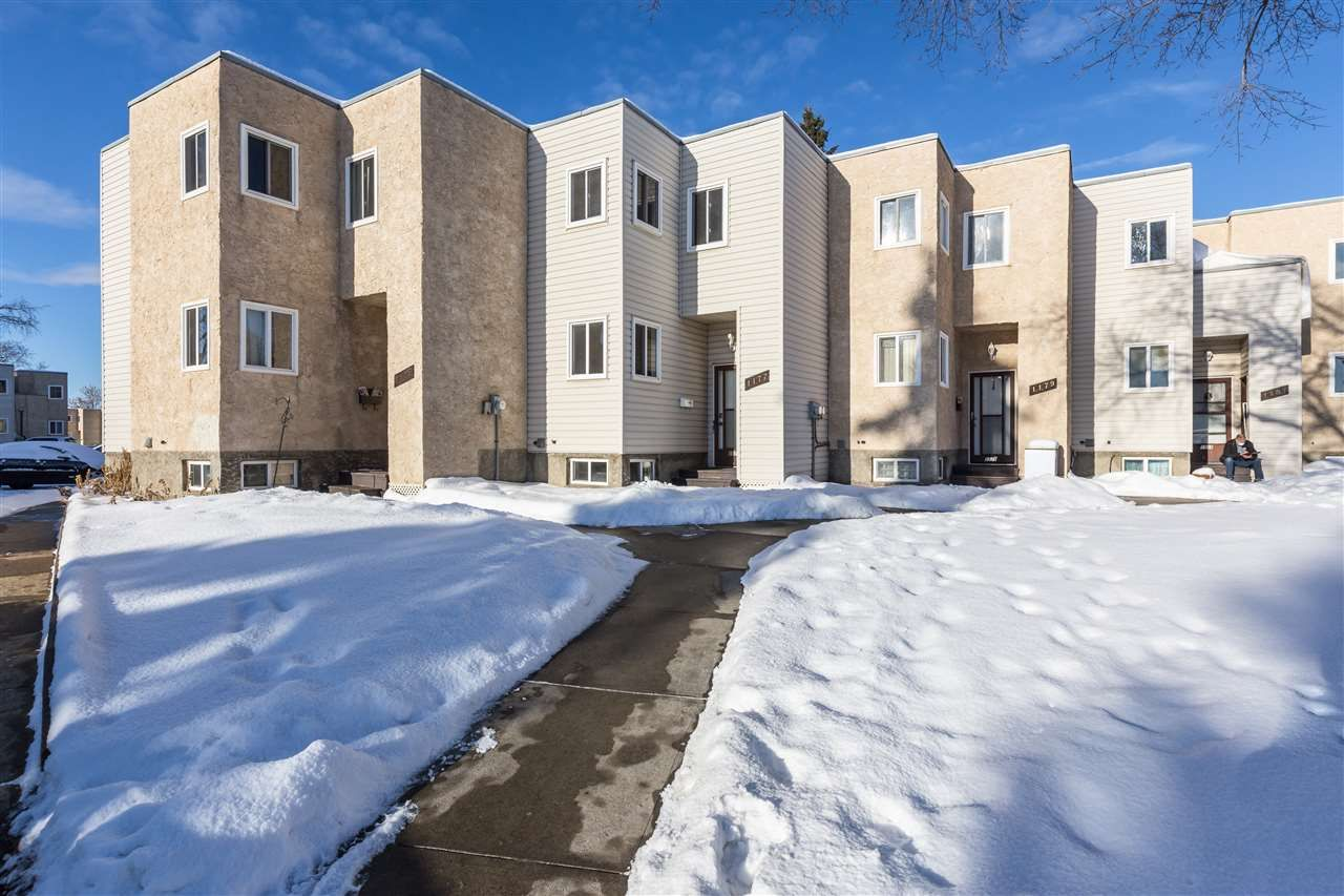 Main Photo: 1177 KNOTTWOOD Road in Edmonton: Zone 29 Townhouse for sale : MLS®# E4224118