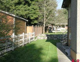 """Photo 2: 9622 TOWNLINE DI in Surrey: Royal Heights House for sale in """"ROYAL HEIGHTS"""" (North Surrey)  : MLS®# F2510294"""