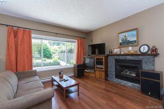Photo 3: 2558 Selwyn Rd in VICTORIA: La Mill Hill House for sale (Langford)  : MLS®# 787378