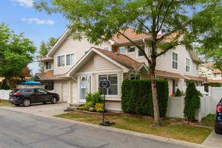 Photo 1: 33 11870 232 Street in Maple Ridge: Cottonwood MR Townhouse for sale : MLS®# R2610534
