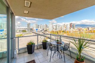 """Photo 8: 1206 125 MILROSS Avenue in Vancouver: Mount Pleasant VE Condo for sale in """"CREEKSIDE"""" (Vancouver East)  : MLS®# R2159245"""
