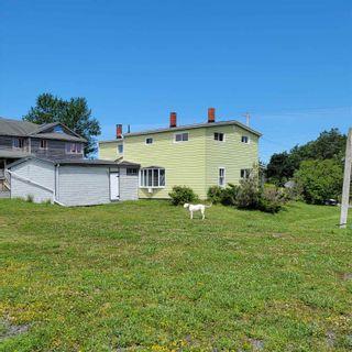 Photo 4: 1814 Hammonds Plains Road in Hammonds Plains: 21-Kingswood, Haliburton Hills, Hammonds Pl. Residential for sale (Halifax-Dartmouth)  : MLS®# 202117883