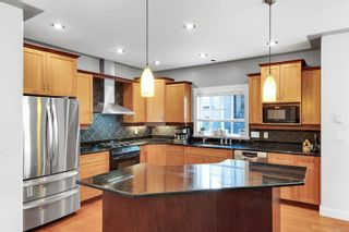 Photo 10: 2123 Nicklaus Dr in : La Bear Mountain House for sale (Langford)  : MLS®# 886202