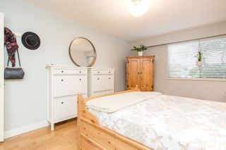 """Photo 15: 103 1330 MARTIN Street: White Rock Condo for sale in """"THE COACH HOUSE"""" (South Surrey White Rock)  : MLS®# R2517158"""