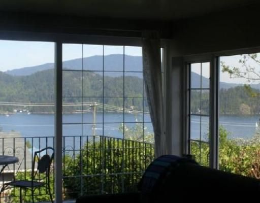 Main Photo: 638 N FLETCHER Road in Gibsons: Gibsons & Area House for sale (Sunshine Coast)  : MLS®# V739090