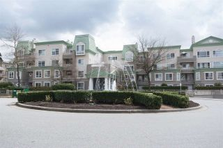 "Photo 2: 128 2980 PRINCESS Crescent in Coquitlam: Canyon Springs Townhouse for sale in ""THE MONTCLAIRE"" : MLS®# R2179380"