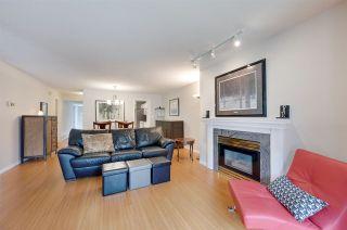 Photo 4: 9732 91 Street in Edmonton: Zone 18 Townhouse for sale : MLS®# E4206233