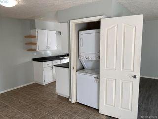 Photo 4: 784 Revilo Pl in VICTORIA: La Langford Proper Half Duplex for sale (Langford)  : MLS®# 832704