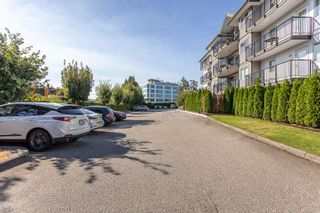 """Photo 32: 411 32044 OLD YALE Road in Abbotsford: Abbotsford West Condo for sale in """"Green Gables"""" : MLS®# R2611024"""