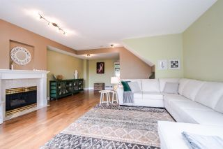 """Photo 4: 11 5950 OAKDALE Road in Burnaby: Oaklands Townhouse for sale in """"Heather Crest"""" (Burnaby South)  : MLS®# R2209640"""