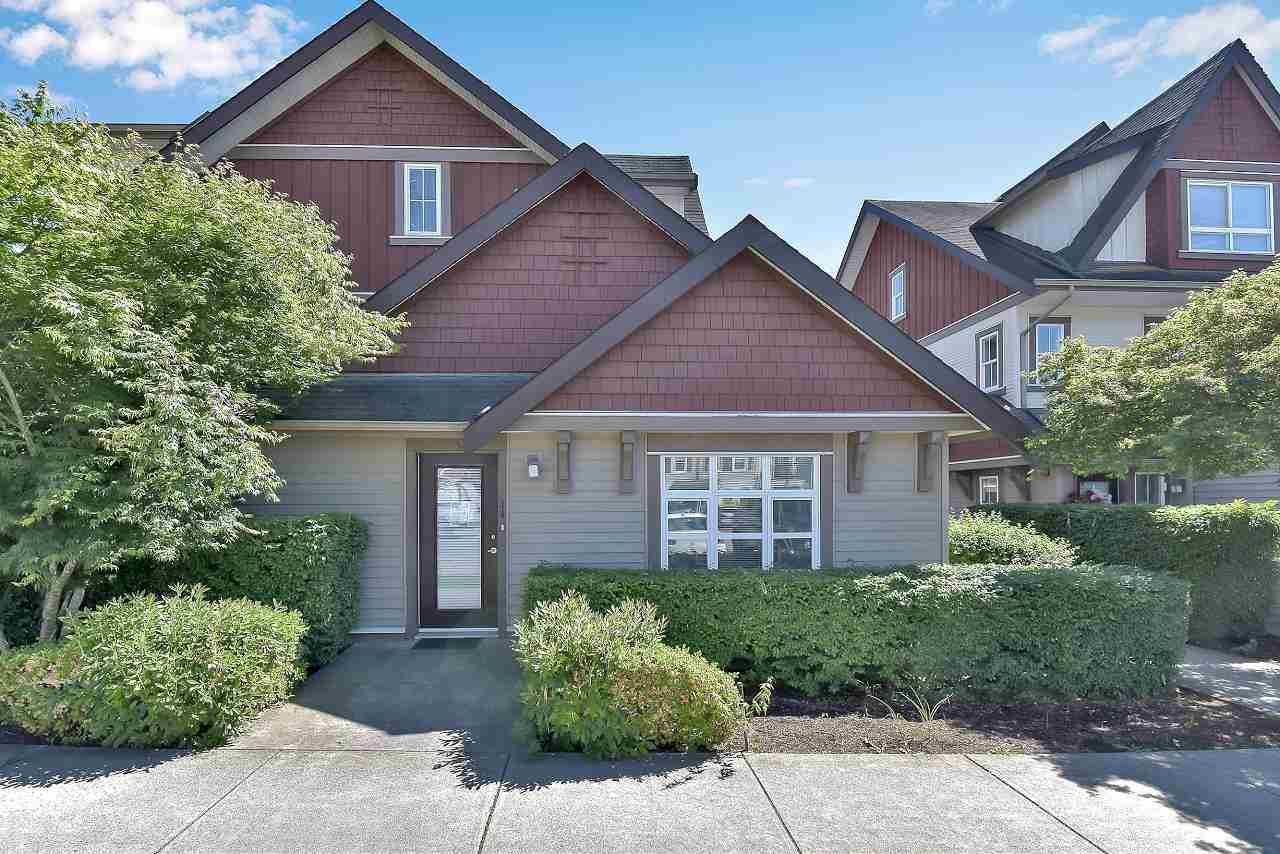 """Main Photo: 14 7155 189 Street in Surrey: Clayton Townhouse for sale in """"Bacara"""" (Cloverdale)  : MLS®# R2591463"""