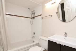 """Photo 13: 105 33165 2ND Avenue in Mission: Mission BC Condo for sale in """"Mission Manor"""" : MLS®# R2575183"""