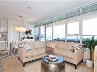 """Photo 6: PH6 251 E 7TH Avenue in Vancouver: Mount Pleasant VE Condo for sale in """"DISTRICT"""" (Vancouver East)  : MLS®# R2542420"""