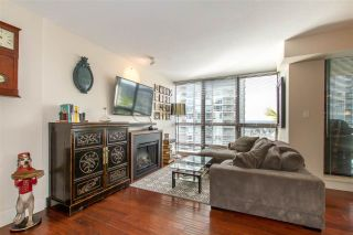 """Photo 3: 1804 2959 GLEN Drive in Coquitlam: North Coquitlam Condo for sale in """"The Parc"""" : MLS®# R2398572"""