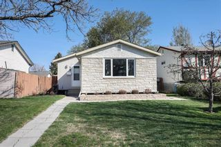 Photo 2: 59 Dorge Drive in Winnipeg: St Norbert Residential for sale (1Q)  : MLS®# 202111914