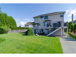 """Photo 18: 18066 64A Avenue in Surrey: Cloverdale BC House for sale in """"Orchard Ridge"""" (Cloverdale)  : MLS®# F1411692"""