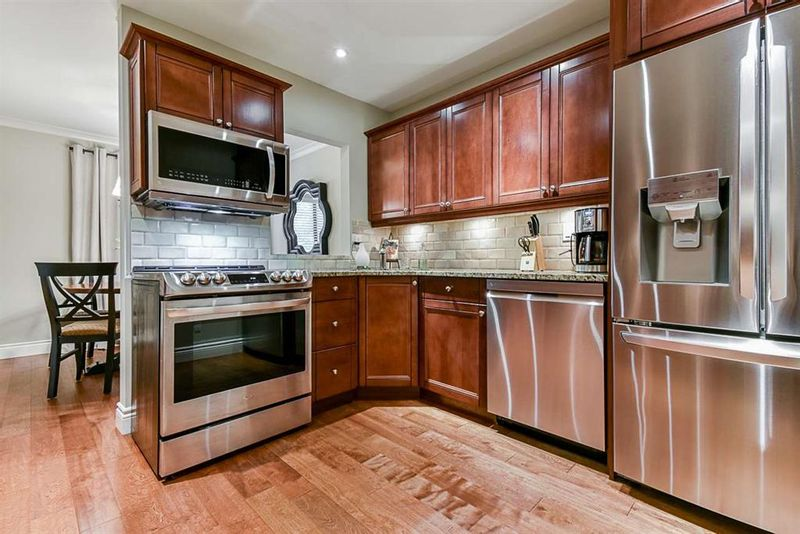 FEATURED LISTING: 6 - 4860 207 Street Langley